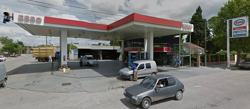 ESSO Servicentro BRIMAK - Estación de servicio