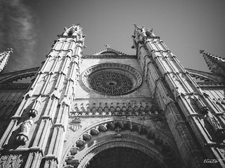 Kuva Palma Cathedral lähellä Palma de Mallorca. vacation cathedral urlaub fujifilm mallorca palma balearen x10 balearicislands laseu wirsounterwegs fujix10 urlaub2013