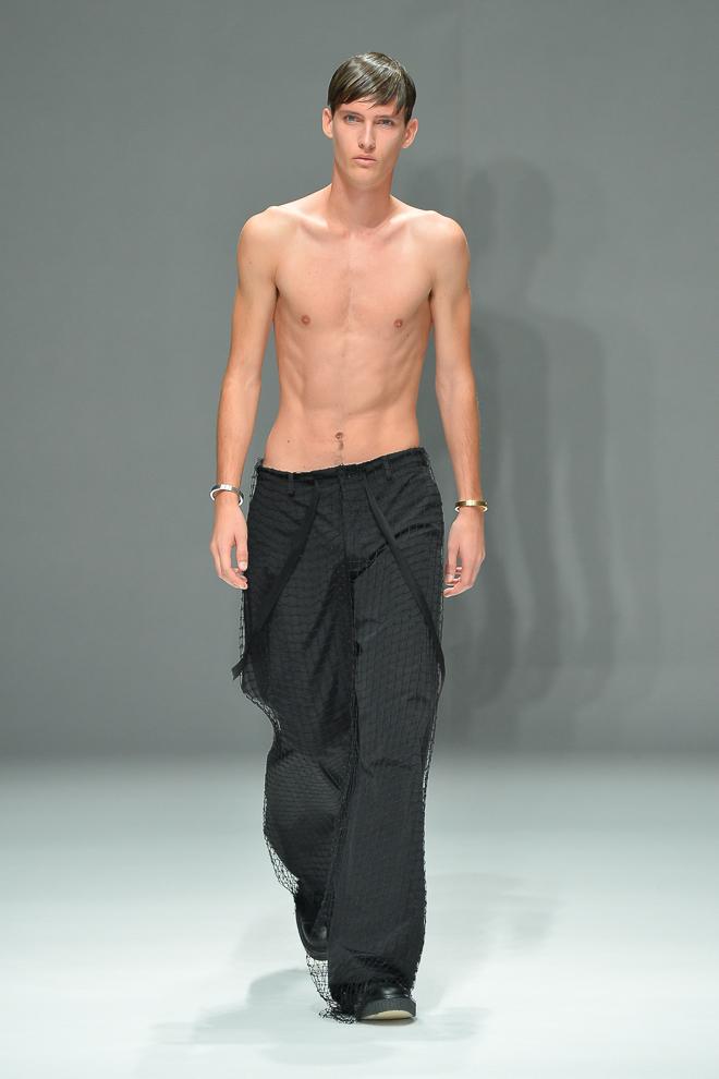 SS15 Tokyo DRESSEDUNDRESSED027_Dzhovani Gospodinov(fashionsnap)