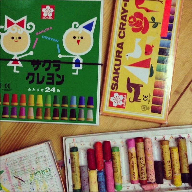 materiale disegno matite colori