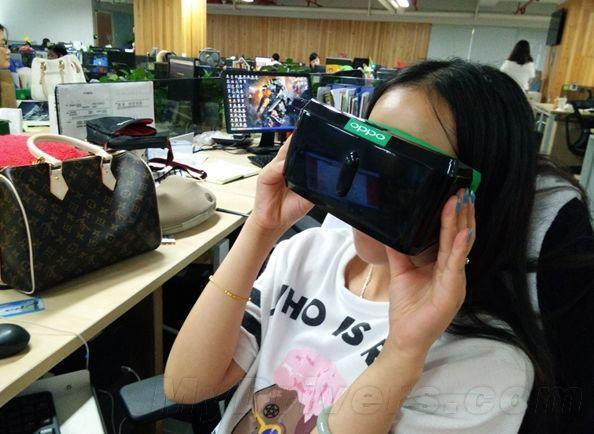VR-очки от Oppo
