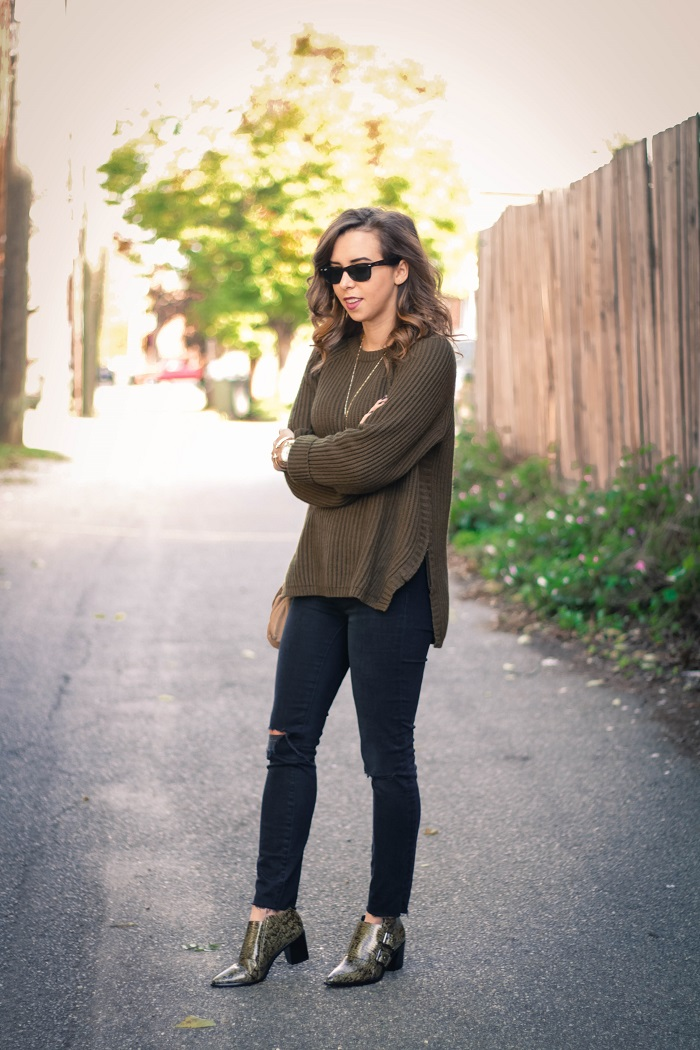 casual fall style. madewell sweater. distressed black denim. tibi ankle booties. fall style. andrea viza. va darling. dc style fashion blogger. fashion blogger.5