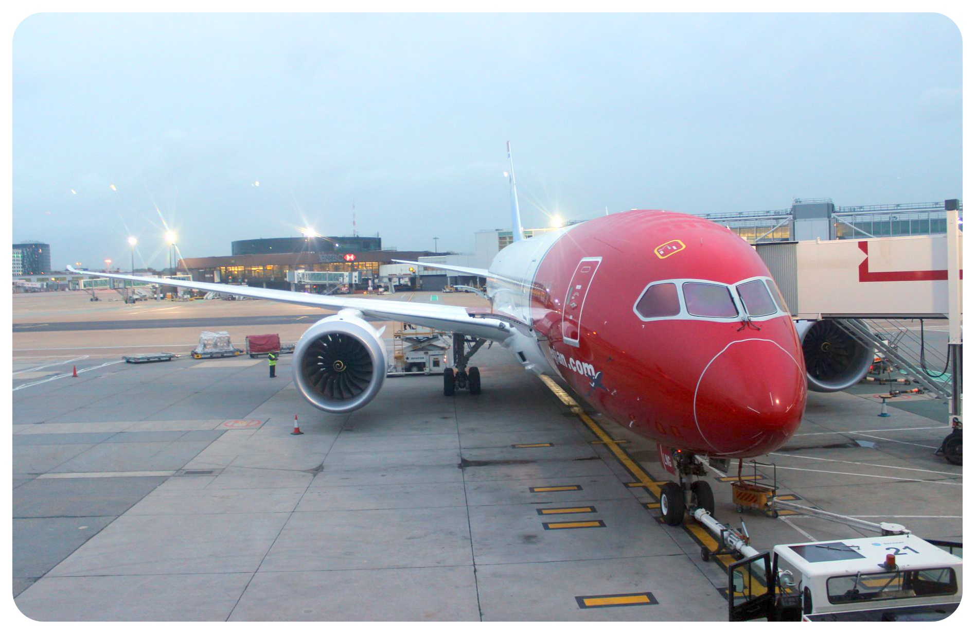 norwegian air dreamliner 787