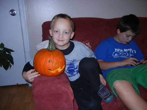 Oct 17 2014 Doller pumpkin carving (13)