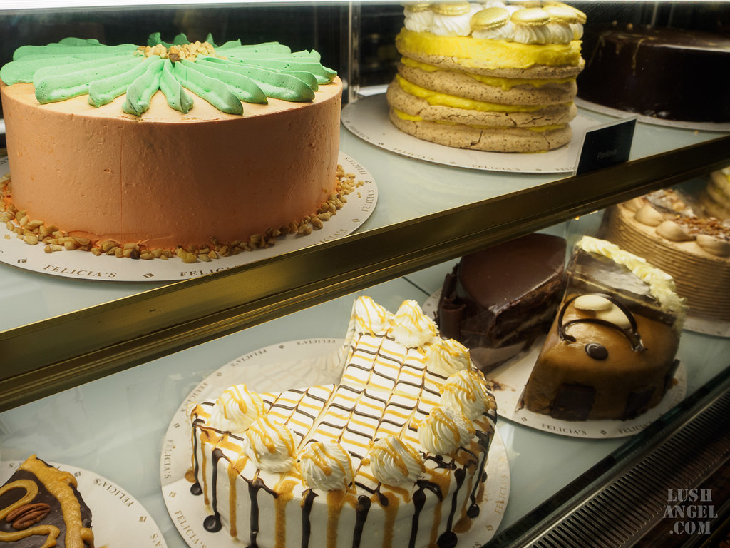 felicias-cake