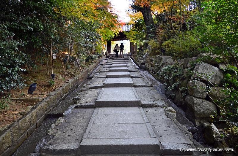 Kodaiji entrance