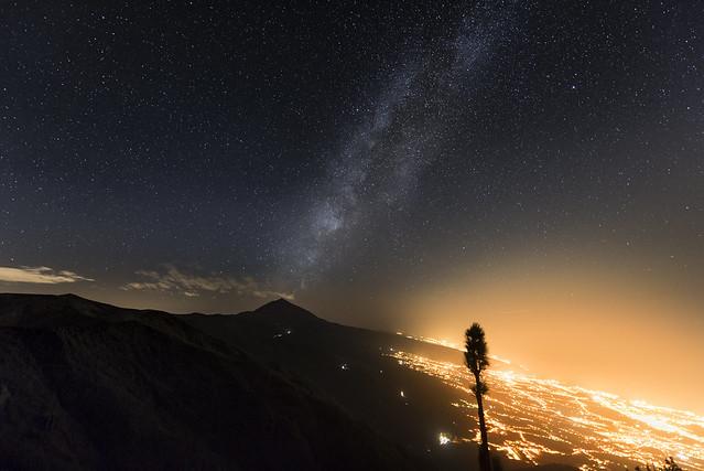Vía Láctea y valle de La Orotava