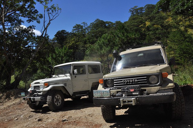 Land Cruiser BJ40 and Series 75 Troop Carrier