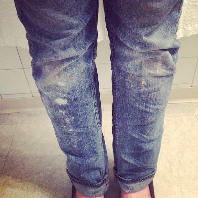 Accidentally did some random bleaching of my jeans while cleaning today. At least it doesn't look totally accidental? #oops