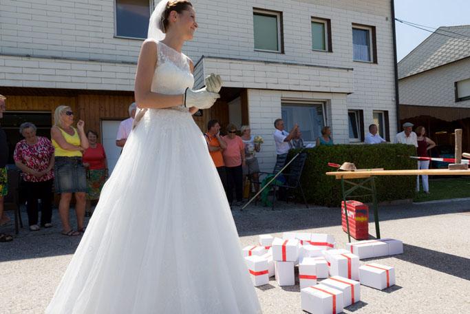 Suechtig_nach_Hochzeit_Absperren 05