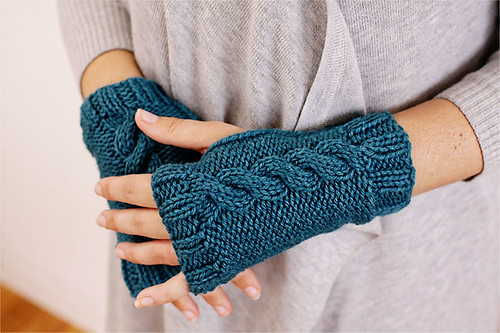 Cable Mitts 3