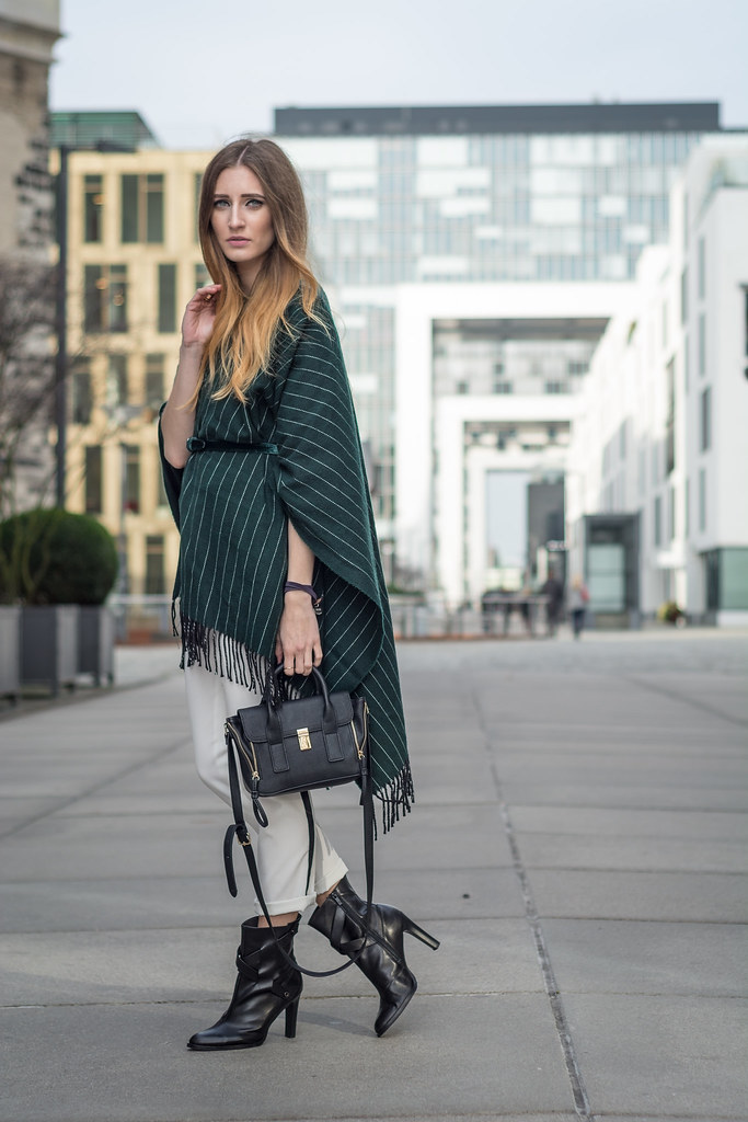 How to style Capes - Fall Trend