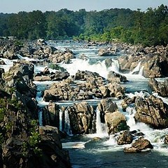 #TravelTip: Take a break from all the monuments and museums visit Great Falls. Just a short drive from Washington, DC. #travel #washingtondc