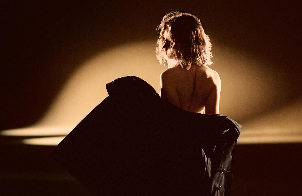 Лили Джеймс — Фотосессия для «My Burberry Black» 2016 – 6