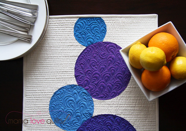 Connect the Dots Table Runner_Closeup2