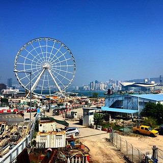 Walking out to the Central Piers. This ferris wheel definitely wasn't here when I last visited years ago #hongkong