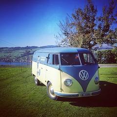 #aircult #aircoold #airmighty #vwmafia #aircooled_world #aircooledway #volksworld #thesamba #rothfink #coolflo #hayburner #volkswagen #campervan #camper #bus #bulli #van #bugbus #bugcation #veedub #vwlove #vwporn #küssnacht #vws4ever #vws4life  -:- visit