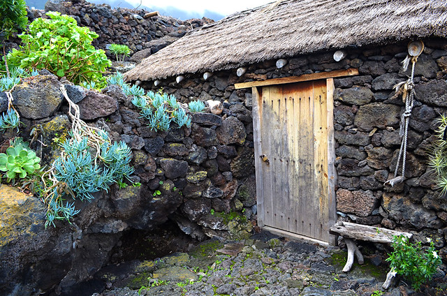 Stone cottage, Guinea Eco Museum, Valle de Golfo, El Hierro, Canary Islands