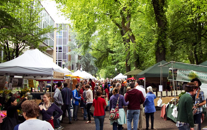 downtown farmer's market, Portland (by: Roby Lee, creative commons, via ASLA)