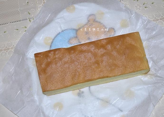26 法國的秘密甜點諾曼地牛奶蛋糕北海道生淇淋捲森林莓果佐起士