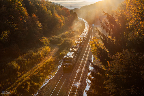 railroad autumn fall sunrise unitedstates pennsylvania ns trains glint norfolksouthern gallitzin nspittsburghline ns51v