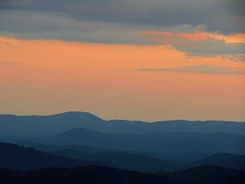 landscape northcarolina blueridgeparkway westernnorthcarolina southernappalachians canonpowershotsx40hs lewisforkoverlook