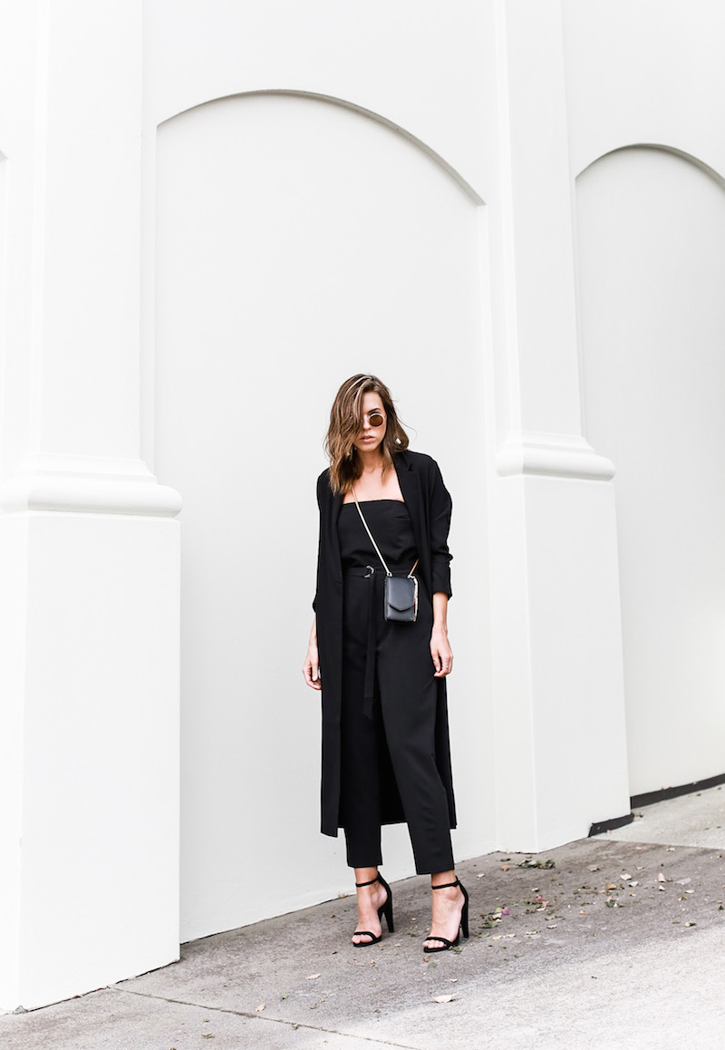 MODERN LEGACY x ASOS Spring Racing All Black outfit street style (2 of 10)