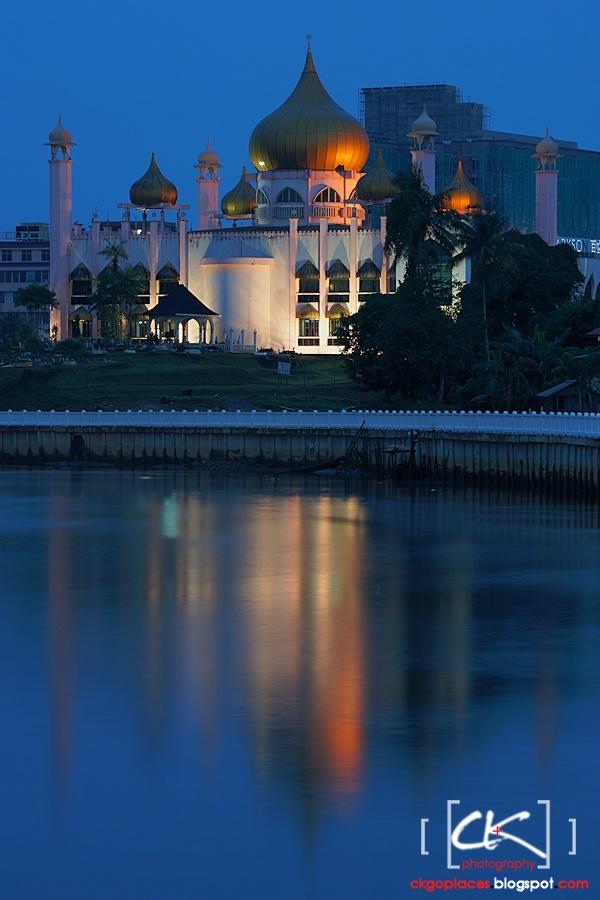 Kuching_Mosque_12
