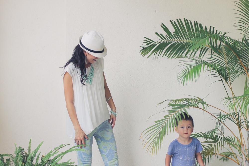 Gap flower print pants Zara shirt Forever 21 necklace_-13