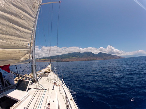 71st Annual Lahaina to Honolulu Race - Gerontius Farr 42