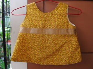 Reversible A-line top - yellow side, front