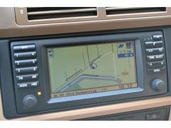 automotive exterior(0.0), sport utility vehicle(0.0), vehicle audio(1.0), vehicle(1.0), multimedia(1.0), electronics(1.0),