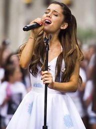 Ariana Grande cancel