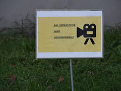 lustgen Studenten der TU Dresden stehn und staunen ohne Ende am Versuchsfeld 3332