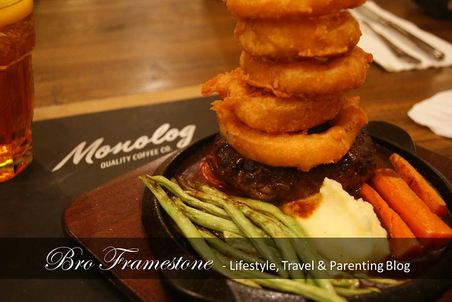 Monolog Cafe Wagyu Burger Steak
