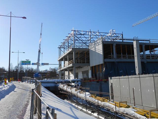 Hämeenlinnan moottoritiekate ja Goodman-kauppakeskus: Työmaatilanne 17.3.2013 - kuva 12