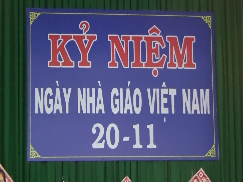 Lễ kỷ niệm 32 năm ngày Nhà giáo Việt Nam 20/11