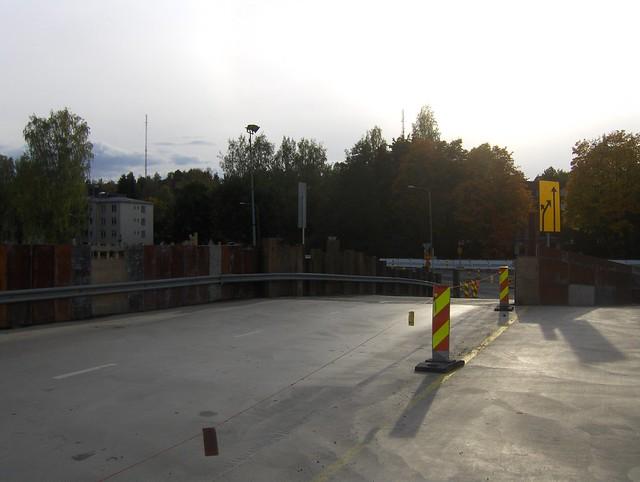 Hämeenlinnan moottoritiekate ja Goodman-kauppakeskus: Työmaatilanne 22.9.2012 - kuva 11