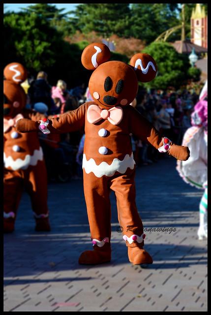 Vos photos avec les Personnages Disney - Page 3 15783479222_6932b6d16f_z