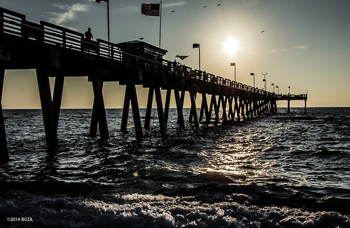 venice sundown florida venicebeach fishingpier nikond7000 afsnikkor18105mm13556g bgdl lightroom5 captureyour365 cy365