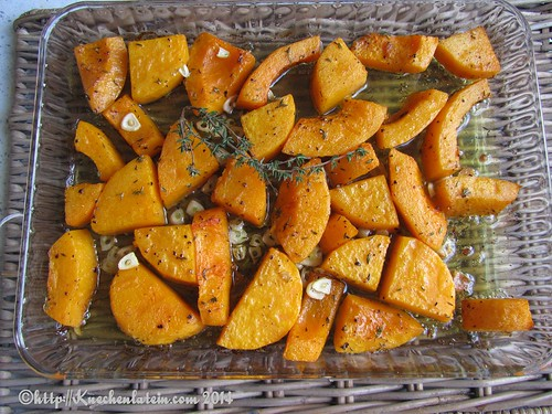 Roast squash with garlic and thyme (1)