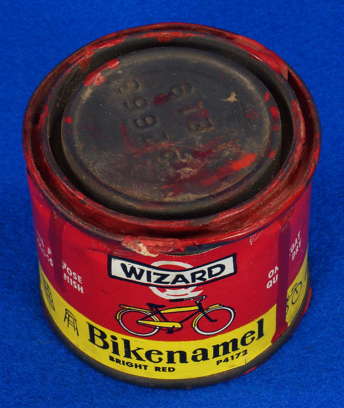 RD14755 Vintage Wizard Bikenamel Bright Red P4172 Bicycle Paint Quarter Pint DSC06301