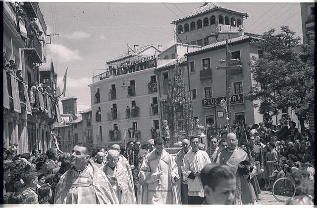 Corpus Christi de 1951 en Toledo. Fotografía de Roberto Kallmeyer © Filmoteca de Castilla y León. Fondo Arqueología de Imágenes