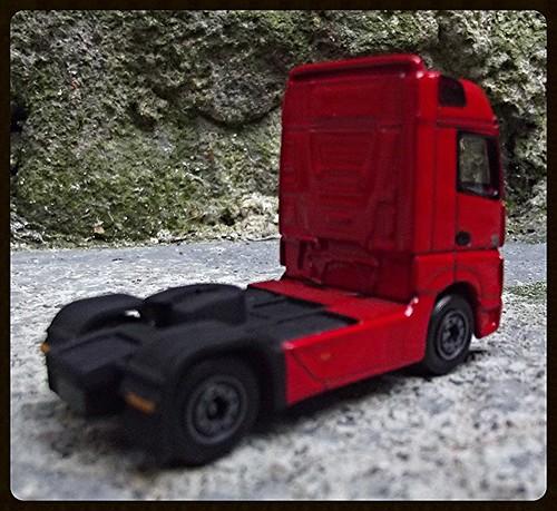 N°623/612 Mercedes Actros pompier Grande echelle. 15003995433_4b53d9090f