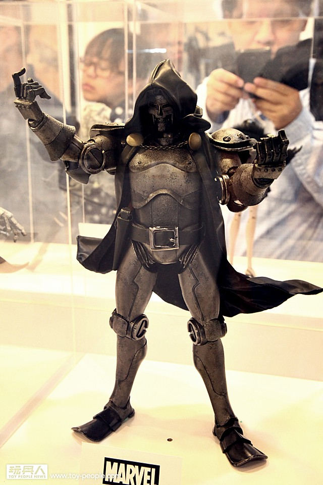 [ThreeA] Doctor Doom - Página 2 15306328229_068b7a9401_b