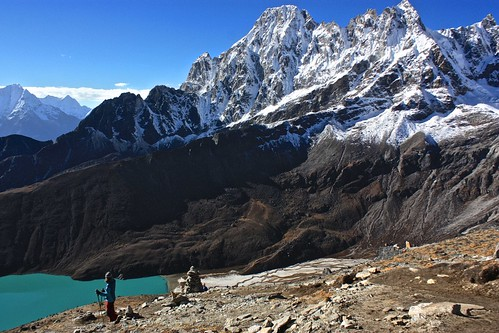 descending back to Gokyo