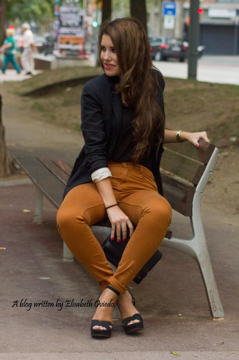look pantalones mostazas HEELSANDROSES (7)