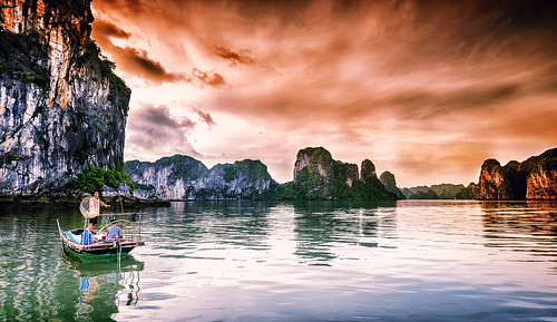 morning sea sky reflection heritage nature water clouds sunrise landscape bay boat fishing colorful natural unesco vietnam rays halong