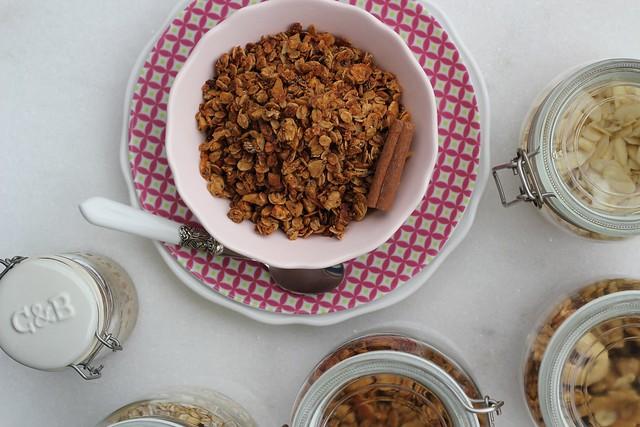 receita de granola com creme de amendoim saudável