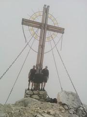 Etwas schief, aber doch, Gipfelfoto Großer Kinigat 2.689 m
